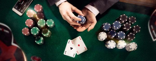gry kasynowe poker